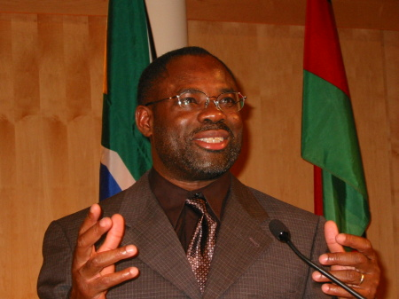 philip-emeagwali-speaker-pan-african-conference-principia-college-elsah-illinois-october-24-2003